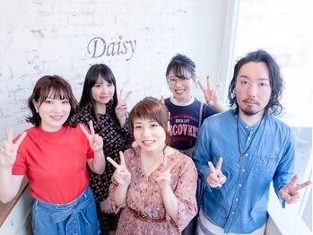 ヘアメイクアンドバーバーデイジー(hairmake&barber Daisy)の写真/【狛江駅徒歩5分】ご家族みんなでキレイになれるユニセックスサロン☆のんびりした時間でリフレッシュ♪