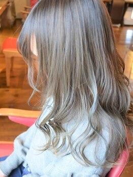 カーサ (CASA)の写真/【イルミナカラー】導入★大人女性がときめく透明感+艶を!染める頻度が高いからこそ髪への負担は最小限に◎
