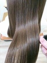繰り返すたび髪が良くなるって本当?ヘアエステをするとどうして髪質が改善できるのかをお伝えします!