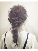 ヘアーサロン セル(Hair Salon CELL)【くるりんぱ編み下ろし】