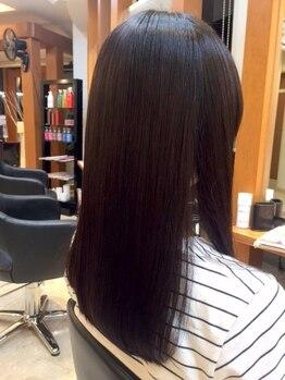 ブレイス(BRACE)の写真/<BRACEオリジナルヒアルロン酸TR>オイルフリーで髪の内部まで保湿力を高めてしっとり美髪に導きます♪