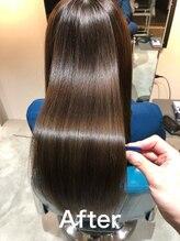 リラエ(Lyrae)ダメージによるうねりパサつきに髪質改善TR大阪 梅田 西梅田