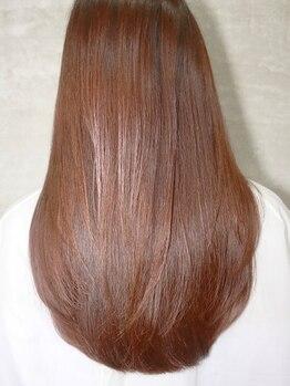 美容室フルールの写真/うねり・クセ毛でお悩みの方にオススメ!クセの状態を見極めて薬剤を選定。潤い溢れる艶髪に♪【焼津/藤枝】