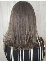 ソース ヘア アトリエ(Source hair atelier)グレージュ