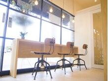 アミィヘアー(Ami Hair)の雰囲気(お洒落なカフェ風店内でリラックス♪【熊谷美容室】)