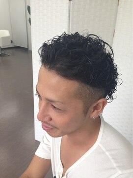 マクロヘアー(macro hair)スッキリツーブロック