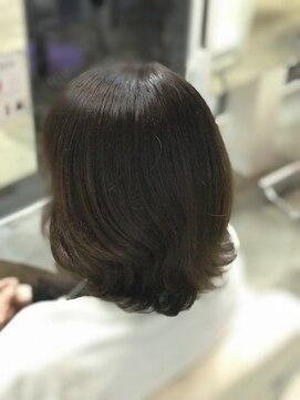 ヘアーアンドエステティック ヴェリス(hair&esthetic Velis)【Velis】ミセスの艶髪カラー