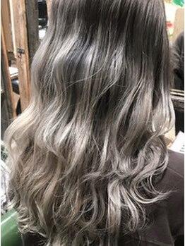 クレア(CLAIRE by GRAPEVINE)の写真/ハイライト/インナーカラーなど人気トレンドstyleはお任せ★髪質など見極めあなたに合ったカラー剤を選定♪