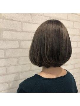 ビス ヘア アンド ビューティー 西新井店(Vis Hair&Beauty)艶感ストレート/ナチュラルベージュ/ボブ/ブランジュ/グレージュ
