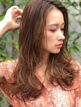 ユニ(Uni)の写真/明るい髪色が可能!繰り返し白髪染をして真っ暗になってしまった髪も一流技術で明るくキレイに!【小牧】