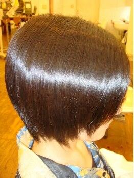 アールビークス(R Bieux)の写真/【ハイブリッドKIRARA】コーティング剤ではなく天然ミネラル成分が浸透し、髪本来の艶が♪[本部認定サロン]