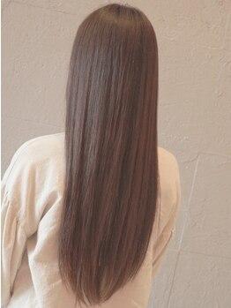 モア(.moA)の写真/気になるクセを生かしたカットを再現◎ストレートであなたの髪質も解決できるstyleをご提案