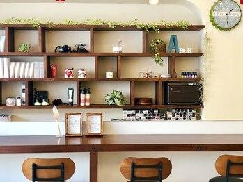 ヘアーアーチ八王子店(HAIR ARCH)の写真/経験豊富なStylistがカウンセリングから仕上げまで担当◎髪質に合わせたメニューを選び、理想の仕上がりに