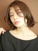 ベックヘアサロン 広尾店(BEKKU hair salon)ルーズなハネ感で魅せる、大人の切りっぱなしボブ☆