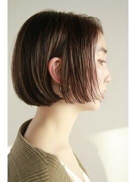 ナヌーク(nanuk)【nanuk*UEKI】首が綺麗に見える*美しいラインのボブ