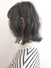 ◇ダークトーンベージュ◇ダークトーンでも透明感を出すことで仕事や学校でもシアーなヘアスタイルを実現!