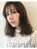 キアラ(Kchiara)とろみ感のある伸ばしかけ前髪