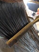 髪の修復にこだわったヘアカラー プラチナカラー