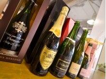 シャンパーニュ 葛西店(Champagne)の雰囲気(店名の由来にもなっている【Champagne】が☆)