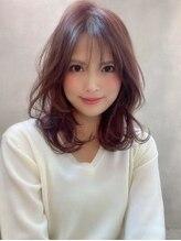 アグ ヘアー リーフ 湊高台店(Agu hair leaf)《Agu hair》最旬ピンクカラー×大人ミディアムカール