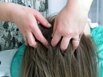 ラヴィクレール(La Vie Claire)の写真/【あなただけのプライベート空間】周りを気にせずリラックス♪頭皮ケアで老廃物の排出を促し健康的な美髪へ