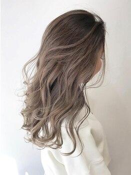 ロッカ ヘアーイノベーション(rocca hair innovation)の写真/人気のグラデーションカラーで小顔効果&季節に合わせたデザインカラーであなたもお洒落上級者♪[稲毛]