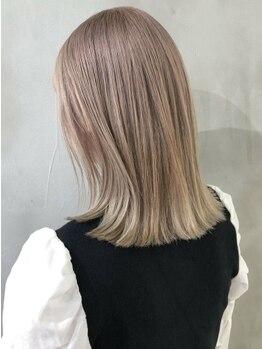 シーマ(CIMA)の写真/ブリーチ×ヘアケアで透け感のあるハイセンスなカラーが渋谷女子に人気!初めての方もご相談下さい【渋谷】