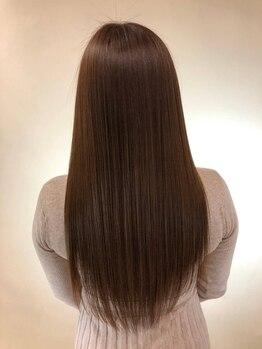 リボーン ビューティー リゾート(re-born Beauty Resort)の写真/《髪質改善》髪の芯からしなやか、指通りの良いサラ艶髪♪毛先までしっとり潤う質感で誰よりも自然な美髪へ