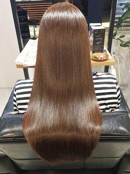 髪質改善ヘアエステ ライフ(LIFE)の写真/お手入れが楽でずっと触っていたくなるナチュラルストレート☆天然のお薬で、内側からキレイな艶美髪に。