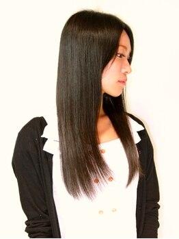 アビタ ヘアーメイク(Habita Hair+Make)の写真/髪を知り尽くしたスタッフが創る、ワンランク上のしなやかで輝く髪★理想のストレートを手に入れませんか。