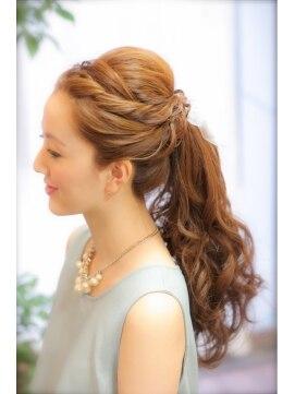 結婚式 髪型 ロングヘアアレンジ ★大人かわいい ポニーテール