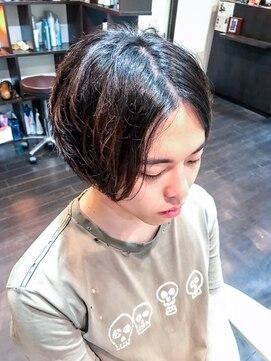 オムヘアーツー (HOMME HAIR 2)#センターパート#アンニュイ#メンズボブ#hommehair2nd櫻井