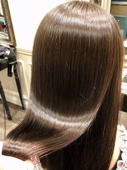 アンヘアー(UNHAIR by shiomiH)の写真/≪話題の美髪サロンがついにスタート!≫噂の美髪王子も在籍♪至極のヘアエステで心も髪も根本から改善♪