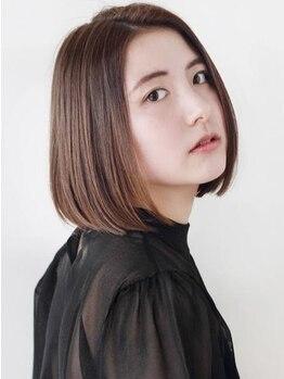 モッズ ヘア 新宿サウス店(mod's hair)の写真/ボリュームやクセを抑えてくれるのに真っ直ぐ過ぎない!お客様に合わせて仕上がりを厳選するストレート