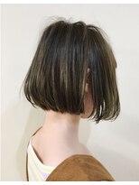 キアラ(Kchiara)《kchiara》〈ヒガシタダシ〉 洗練されたストレートヘア