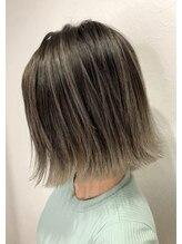 バベル(BABEL Hair Design)【BABEL】エアタッチ_耳かけ外ハネボブアッシュブラウン