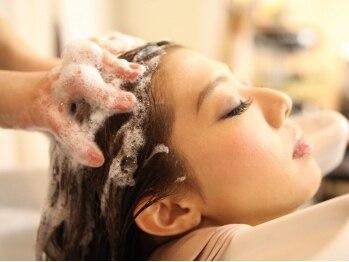 ウィスプヘアー(wisp HAIR)の写真/【大宮駅東口1分】美しい髪は健康な頭皮環境から!!紫外線ダメージや乾燥する季節もスパで健康な頭皮に♪