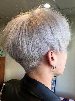 シェリー(Sherie)の写真/【カット+ヘッドスパ ¥5000】メンズ特有の髪質やクセ、ボリュームなどの悩みも確かなカット技術で解消へ!
