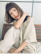 マグサロンギャラリー(Mag salon gallery)増田奈央【厚めバング】パツンとラインを出してナチュラルボブ