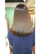 ヘアソムリエゼアラ 精華町店(hair sommelier Zara)『同時施術OK』ふんわり縮毛矯正&カラー