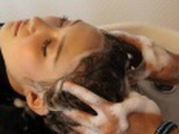 サロン ド ナチュール(Salon DE Nature)の写真/【柴崎駅☆徒歩1分】ヘッドスパ=頭皮ケア、だけじゃないんです!オススメのヘッドスパで癒しのひと時を☆