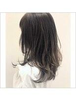 サラ ニジュウイチ ビューティーサイト(SARA21 Beauty Sight)グレージュ×グラデーション