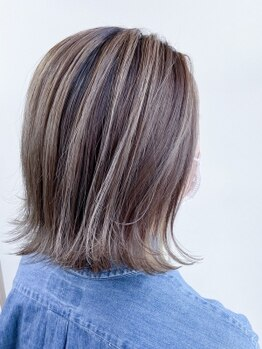 エクラヘア(ECLAT HAIR)の写真/SNSでも話題のデザインカラーが低価格で実現☆あなたの魅力をぐっと引き出してくれる理想の色味が◎