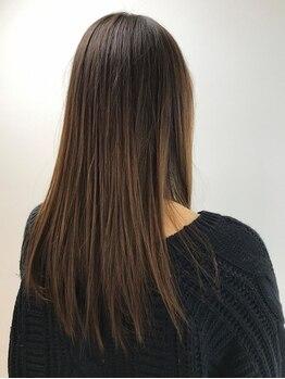ルネ(Rene)の写真/Reneの縮毛矯正でサラサラつやつやな髪に大変身♪日常の紫外線・乾燥対策にトリートメントもご用意★