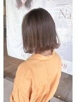 ヘアメイク シュシュ(Hair make chou chou)切りっぱなし外ハネボブ×ベージュ3Dカラーアッシュブラウン