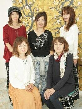 """グミグミ(Gumi Gumi byIfh)の写真/大人女性の""""今の美しさ""""を引き出す、プロの女性スタイリストが多数在籍。何でも相談しやすい雰囲気が◎"""