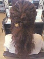 アッシュ アーティスティック スタジオ オブ ヘア(Ash artistic studio of hair)ashアレンジ