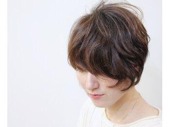 ヘアーサロン キャラバン(hair salon Caravan)の写真/予想以上の仕上がりに感動♪動きを出して小顔効果も期待できる3Dカラーが大好評♪
