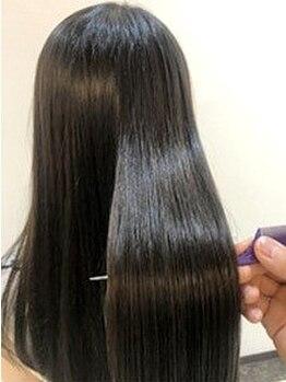 ニルバ(niLva)の写真/niLvaの縮毛矯正で大人上品なストレートヘアに☆サラツヤで何度も触れたくなる髪へ☆
