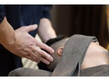 バーバーバー ナカノ(BARBER BAR NAKANO)の雰囲気(話題の頭筋膜リリースで寝落ち続出。眠りの質を改善。<理容室>)